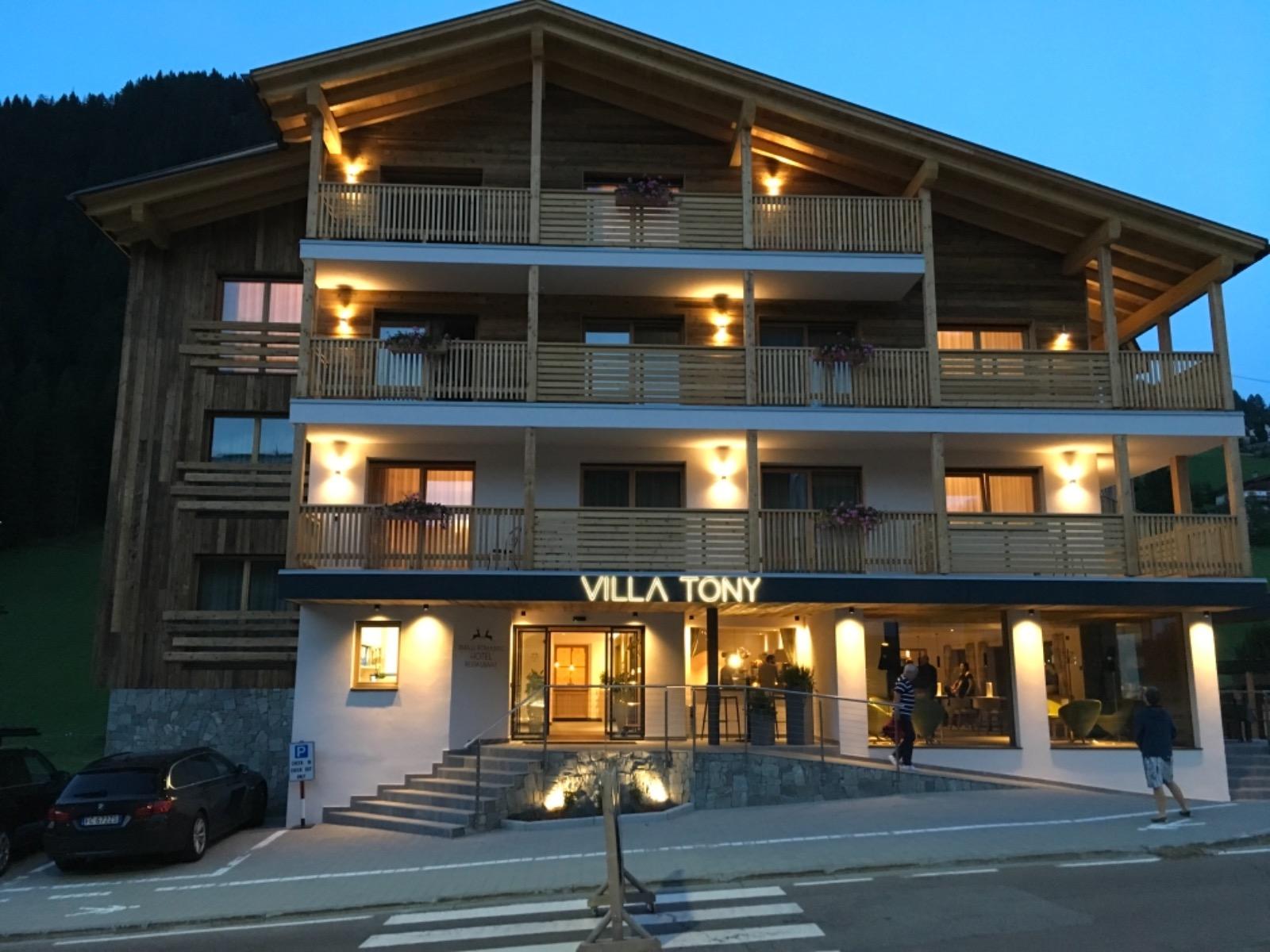 Hotel Villa Tony – Corvara